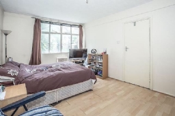 Property to rent : Romney Court, Shepherds Bush Green, London W12