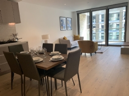 ロンドン賃貸物件:Apartment, Salisbury House, 5 Palmer Road, London SW11