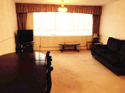 Property to rent : Highmount, Station Road, London NW4