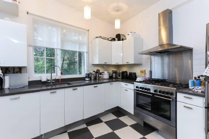 Property to rent : Wolverton Mansions, Uxbridge Road, London W5