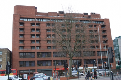 ロンドン賃貸物件:Cresta House, 133 Finchley Road, London NW3