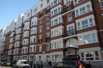 ロンドン賃貸物件:Consort Court, 31 Wrights Lane, London W8